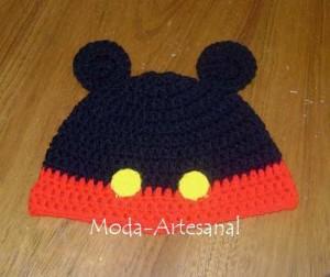 Gorros tejidos de Mickey (1)