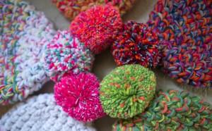 13 Coloridos gorros tejidos (6)