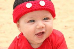 13 Modelos de gorros tejidos especiales para bebés