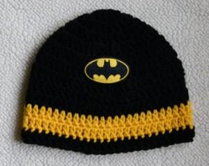 9 Divertidos gorros tejidos a crochet de batman (5)