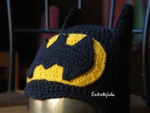 9 Divertidos gorros tejidos a crochet de batman (8)