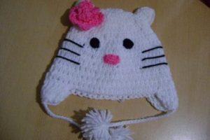 9 Bellos gorros tejidos al crochet de kitty