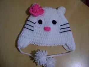 9 Bellos gorros tejidos al crochet de kitty (1)
