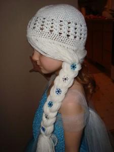 10 Gorros tejidos de Frozen (10)