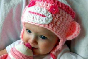 10 Nuevos modelos de gorros tejidos para bebés