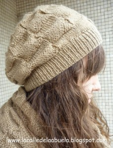 10 gorros tejidos a dos agujas para mujeres (2)