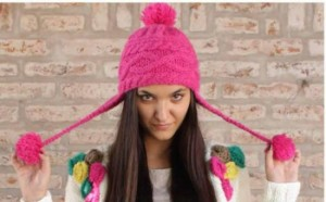 10 gorros tejidos a dos agujas para mujeres (6)