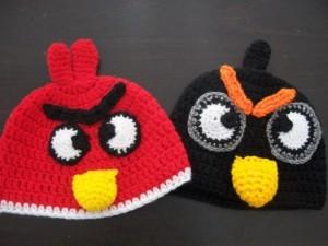 11 Gorros tejidos a crochet de personajes (3)