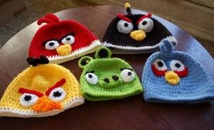 11 Gorros tejidos a crochet de personajes (6)