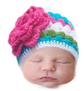 10 gorros tejidos para recién nacidos (7)