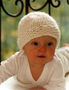 10 gorros tejidos para recién nacidos (8)